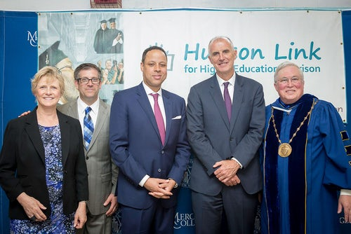 Mercy College Degrees Awarded to Graduates of Hudson Link for Higher Education Program