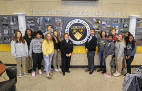 SXU's Graham School of Management Offers Introduction to Business Course to Local High School Students