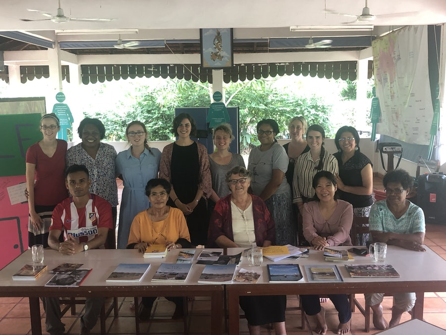 Sr Denise and Mindol Metta Karuna Cambodian team (seated) with MELF participants