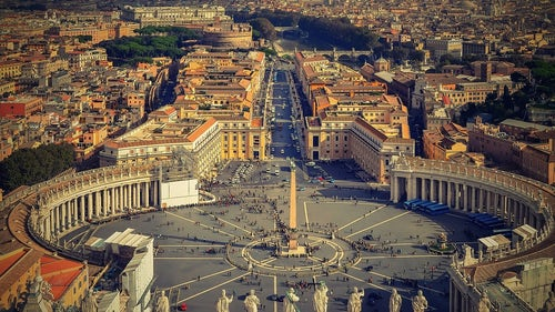 Rebuilding the Church for a Change of Era: Pope Francis' Vision in Fratelli Tutti