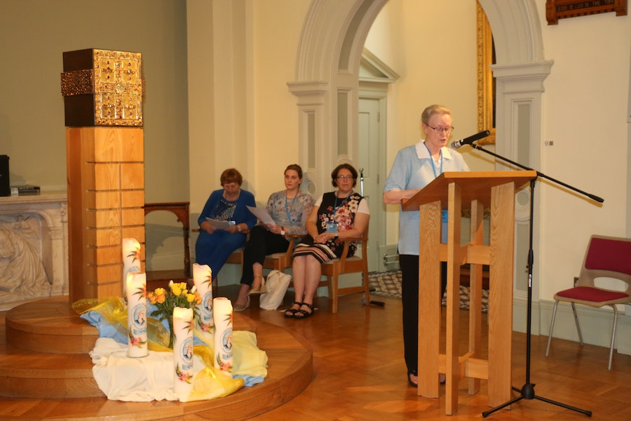 Sr Elizabeth McNamee reads the words to the Irish blessing during the closing hymn 'A Thiarna dean trocaire [Irish for