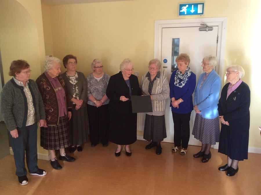 Sheila Carney rsm with the Sisters in Carlow. Sheila is presenting them with the honorary degrees awarded to the Carlow Seven by Carlow University, Pittsburgh